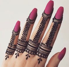 50 Most beautiful Ring Mehndi Design (Ring Henna Design) that you can apply on your Beautiful Hands and Body in daily life. Very Simple Mehndi Designs, Mehndi Designs For Kids, Henna Tattoo Designs Simple, Stylish Mehndi Designs, Mehndi Designs For Beginners, Mehndi Designs For Fingers, Beautiful Mehndi Design, Latest Mehndi Designs, Beautiful Patterns