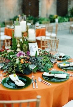 Table décor means a lot for your big day as guests spend much time sitting at it. It should excite, create an atmosphere and continue your wedding theme. Fall weddings are extremely cozy and I love the traditional...