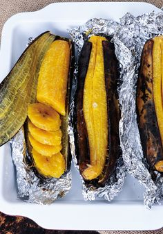 Baked Plantains Recipe—Plantains look like bananas, but they're much starchier, and therefore do a terrific job of filling in for potatoes (even if they aren't as crunchy as chips). This recipe from Elizabeth Gordon, author of Simply Allergy-Free, has you Haitian Food Recipes, Jamaican Recipes, Mexican Food Recipes, Vegetarian Recipes, Cooking Recipes, Healthy Recipes, Snacks Recipes, Banana Recipes, Comida Latina