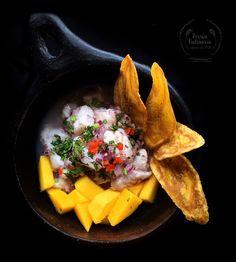 Ceviche de corvina y mango, delicioso!!! Tilapia, Cilantro, Ethnic Recipes, Sea Bass, Whitefish, Soda Crackers, Cichlids