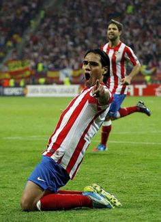 No Falcao.No party ! Football Soccer, Football Players, Ronaldo 9, Cr7 Messi, The Good Son, Fifa 17, Most Popular Sports, Soccer World, Sports Photos