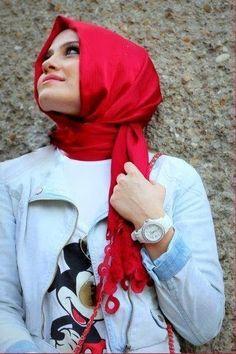 casual-hijab-style Hijab Chic, Hijab Casual, Hijab Style 2014, Muslim Fashion, Hijab Fashion, Summer Outfits, Stylish, Pretty, Fashion Design