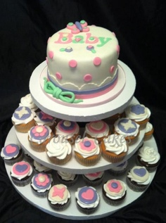 babyshower cake and cupcake package in pastel colors