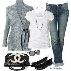 fall-outfits...CAbi's Swear by Sweater and Boyfriend jeans - love it!