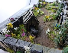 Converted Building by Simone Pohlenz Painting Competition, Halloween Displays, Medieval Fantasy, Model Homes, Scale Models, Miniatures, House Styles, World, Garden