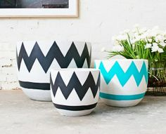 Pop  Scott Pots - Large. Lets get creative and add some colour to your retro pots.