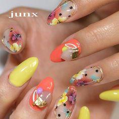 Leafgel Premium_TaiwanさんはInstagramを利用しています:「#Repost @nail_space_junx (@get_repost) ・・・ お好きなカラーでお任せstyle❤︎ オーダーはお好きなカラー2色と春っぽく♪ 流行りのドットも加えて今っぽく #春ネイル #春ネイル2018 #nail #nails #nailart…」