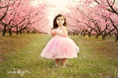 Inspiring Interview featuring Simple Gifts Photography on LearnShootInspire.com #whimsical #child #photography