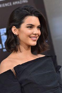 Ideas haircut kendall jenner hair lengths for 2019 Kendall Jenner Short Hair, Kendall Jenner Mode, Kyle Jenner, Kendal Jenner Hair, Kendall Jenner Hairstyles, Kendall Jenner Makeup, Prom Hairstyles For Short Hair, Bob Hairstyles, Pinterest Hairstyles