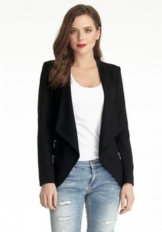 Plus Size Fashion // This black draped blazer is made with padded shoulders and non-stretchable fabric. This chic outerwear can provide structure to your frame - giving you that smart, sharp look.