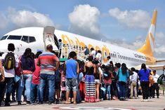 Adultos mayores y niños de la Puna disfrutaron de su primer viaje en avión