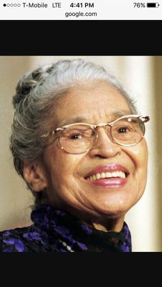 """Rosa Parks """"The Mother of the Movement"""" 2/4 ✨✨🖤"""