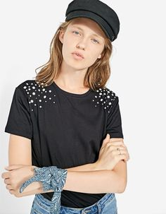 T-shirt with faux pearls - JUST IN | Stradivarius Romania
