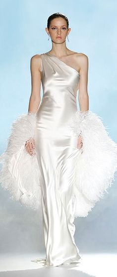 Rosa Clara bridal always brings out the femininity into your wedding dress. Every tear and every season has been spent& The post Rosa Clara Bridal appeared first on Nebula Home Lifestyle. Beautiful Gowns, Beautiful Outfits, Beautiful Life, Bridal Gowns, Wedding Gowns, Chubby, Wedding Dress Trends, Designer Gowns, White Fashion