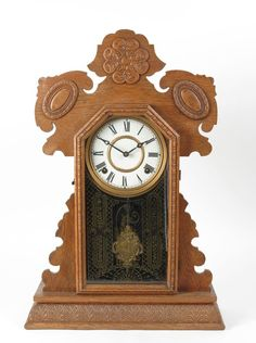 Antique gingerbread clock Ingraham shelf mantel kitchen oak Eastlake dragon #gingerbreadclcok #clocks #antiques #ticktock