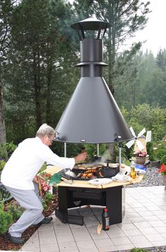 Grill Oven, Bbq Grill, Grilling, Tree Deck, Barbecue Design, Bbq Table, Welding Ideas, Spa Design, Rocket Stoves