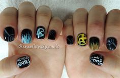 Day 328: Hunger Games Nail Art