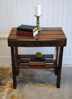 Pallet end table diy