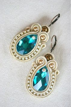 zzuzzi / SW Zircon Queen - Soutache