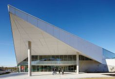 Project: Durham College Location: Whitby, Ontario Product: Equitone Architect: Teeple Architects