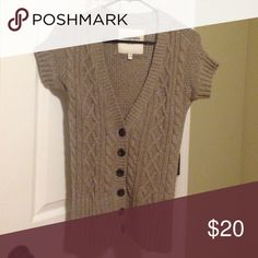 Abercrombie & Fitch Women's Sweater Tan color- super soft - size medium- not wool- mostly made of nylon and cotton- wash cold- hang dry- smoke and pet free home Abercrombie & Fitch Sweaters V-Necks