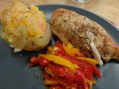 Pommes de terre au fromage au microvap' + poulet et poivrons à l'ultra pro = menu made in Tupperware