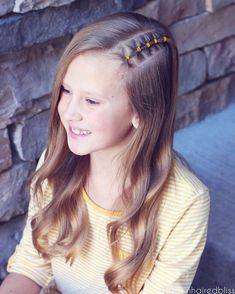 """Fun edgy style on big sis today. She wanted her hair down with a little """"something"""", so I did a small section with elastics along the part… Girls Hairdos, Baby Girl Hairstyles, Princess Hairstyles, Teenage Hairstyles, Toddler Hairstyles, Trendy Haircuts, Short Haircuts, Undercut Hairstyles, Down Hairstyles"""