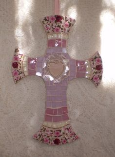 Pink Pearl Mosaic Cross made by Karyne, Viva Mosaic Diva on Flickr - More pics on Flickr.