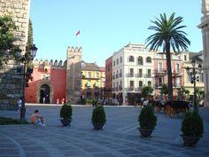 Seville, Espagne - La porte du lion au Alcazar (photo-Pierre Gagnon)