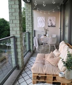 small balcony decor ideas 1 - Home Design - Balcony Furniture Design Small Balcony Design, Small Balcony Decor, Outdoor Balcony, Balcony Privacy, Balcony Railing, Apartment Balcony Decorating, Budget Home Decorating, Apartment Balconies, Decorating Ideas