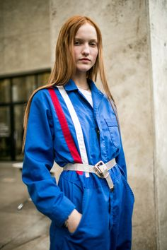 WWD went off the runways and onto the streets and sidewalks for the best street style looks from Paris Fashion Week Spring/Summer Street Style 2017, Street Style Looks, Street Style Women, Latest Fashion Trends, Fashion News, How To Wear Belts, Cool Street Fashion, Paris Fashion, Street Outfit