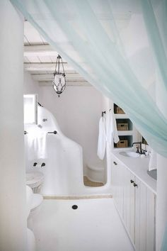 Antigone Villa Bathroom