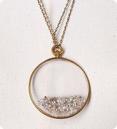 Necklace with Glitter = small snow globe around your neck!
