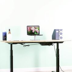 Make your office more versatile with a height adjustable desk! Click the link in our bio to see more of our great products!  #Regram via @vivo_us (scheduled via http://www.tailwindapp.com?utm_source=pinterest&utm_medium=twpin)