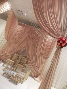 We loved the simplicity and beauty of this Mandap Abricoe Designs created