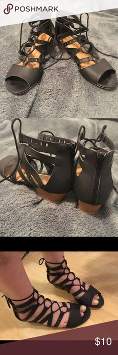 gladiator sandals Perfect for those end of summer trips! These stylish black sandals go with any outfit. Back zippers make them easy to put on and slight heel makes them comfortable for walking as well. Don't miss out! Qupid Shoes Sandals