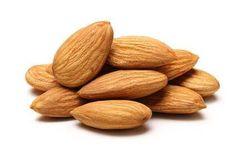 snížení cholesterolu Mandle se řadí mezi nejlepší potraviny na snižování hladiny cholesterolu v krvi. Je to díky již zmiňovanému vitaminu E a vápníku. zvýšení mozkových funkcí Mandle jsou zdrojem živin, které pomáhají k rozvoji zdravého a výkonného mozku. Jde například o látku L-karnitin, která zvyšuje mozkovou aktivitu a pomáhá vytvářet nové nervové propojení, což zlepšuje …