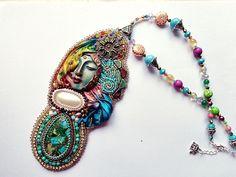 Siddharta collana bead embroidery di mysweetcrochet su Etsy, $235,00