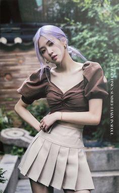 Blackpink Fashion, Korean Fashion, Fashion Outfits, Kpop Girl Groups, Kpop Girls, Korean Girl Groups, Rose Icon, Blackpink Photos, Jennie Blackpink