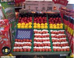 Como o horti-frut de um supermercado pode aproveitar a Copa do Mundo #merchandising #varejo (foto em um supermercado da Alemanha, um dia antes do jogo Alemanha x EUA)