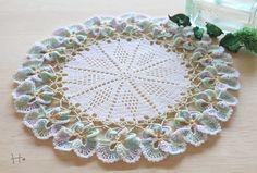 Unique Crochet, Crochet Motif, Crochet Designs, Crochet Doilies, Crochet Flowers, Hand Crochet, Doily Patterns, Crochet Patterns, Crochet Fruit