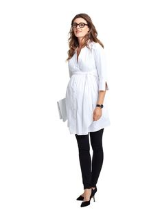 Libby Maternity Tunic at Isabella Oliver. Discover the leading British maternity fashion brand for stylish, premium quality maternity clothes.