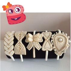 Mais tiaras maravilhosas!!  #laco #laço #luxo #laços #lacinho #lacinhos…