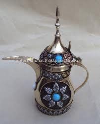 Love this dallah (Arabic coffee pot) ❤