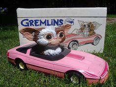 Gremlins pink toy car. I want this omg!