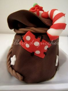 Christmas mini..sacks  Cake by lalberodizucchero