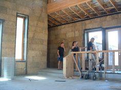 Design Forward straw bale house