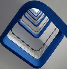 Fotografía Staircase 3 por Jean-Christophe Gonzales en 500px