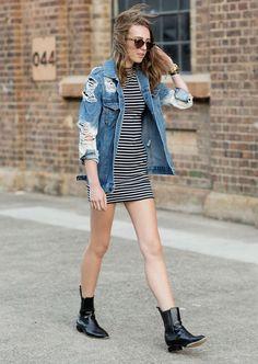 vestido listras tshirt jaqueta jeans look                                                                                                                                                                                 Mais