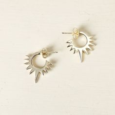 Ava earrings in silver. Inspired by the sun Made in Velvetine's atelier in Paris  Made in France